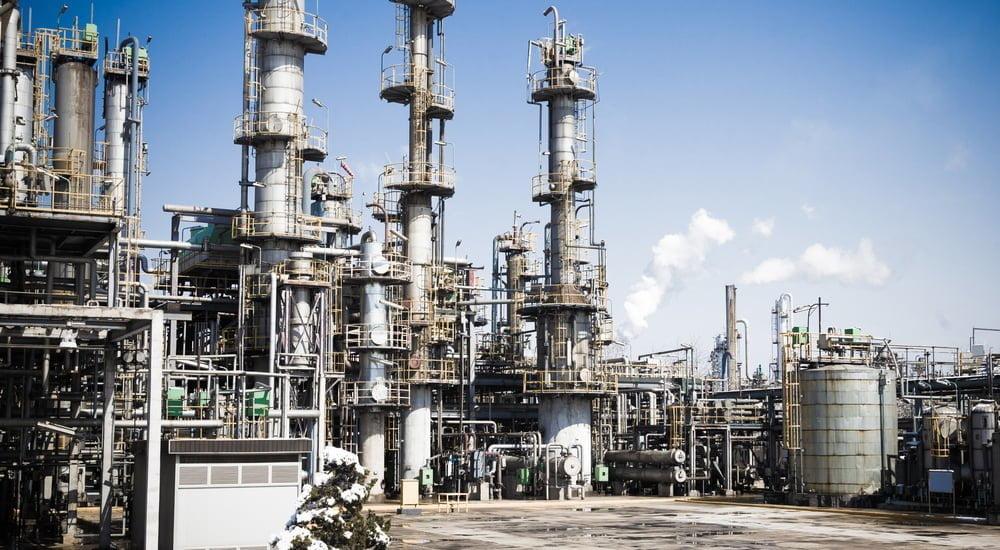 Los lodos industriales, como su nombre lo indica, se generan a partir de aguas residuales producidas en este tipo de ambientes.